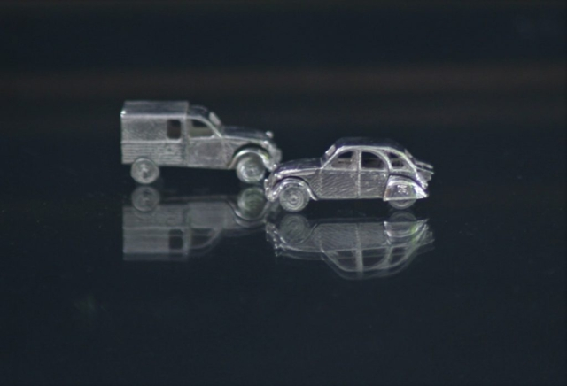 Citroen 2cv AK silver miniature 2cv6