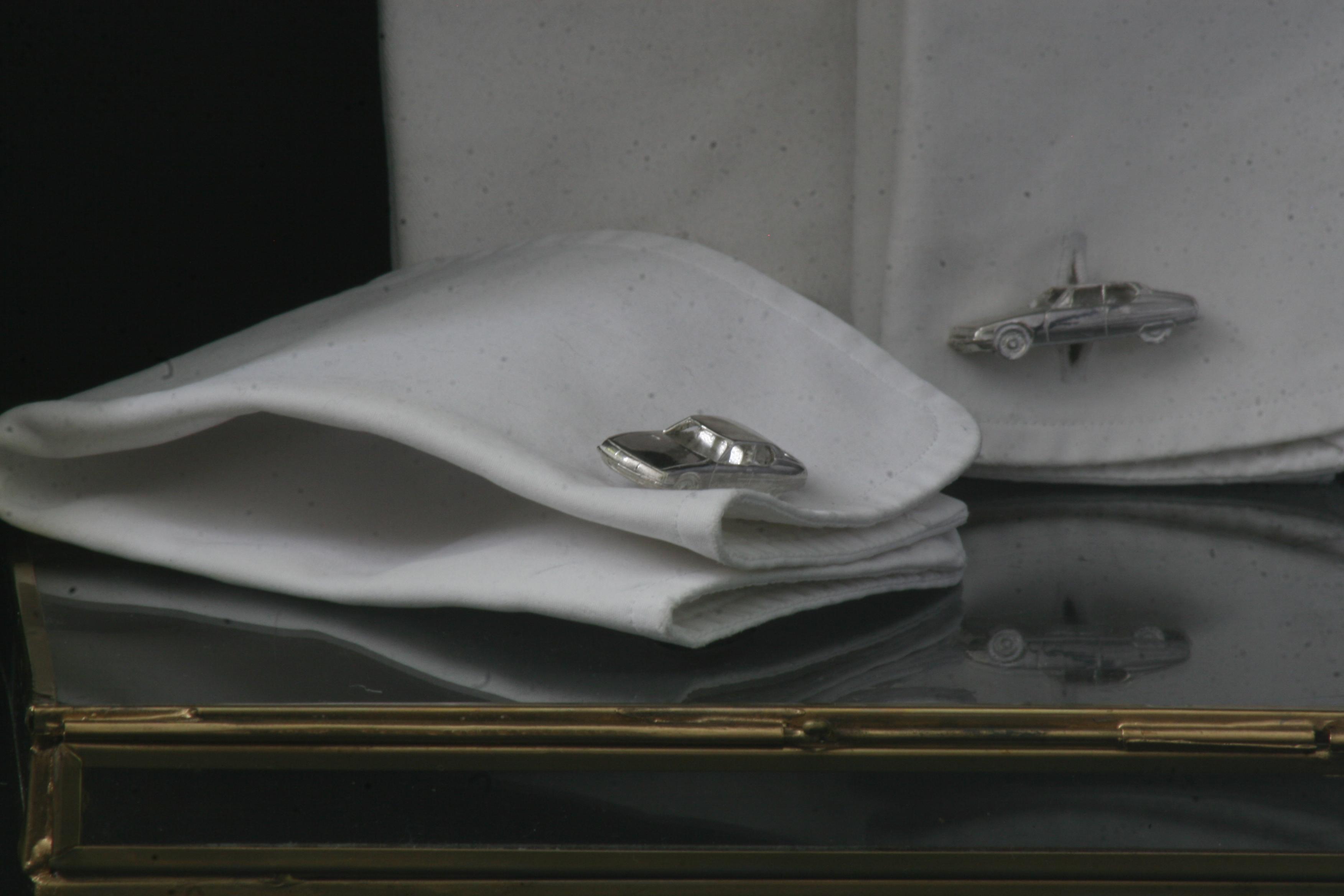 Citroen SM cufflinks silver miniature